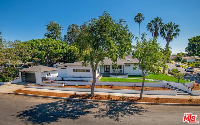 7293 W 90th Street, Los Angeles (City), CA 90045 (MLS #18398358) :: Deirdre Coit and Associates