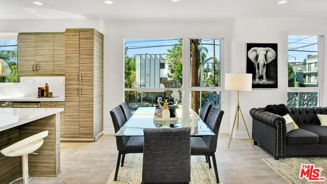 6075 W Studio Court, Los Angeles (City), CA 90038 (MLS #18398418) :: Team Wasserman