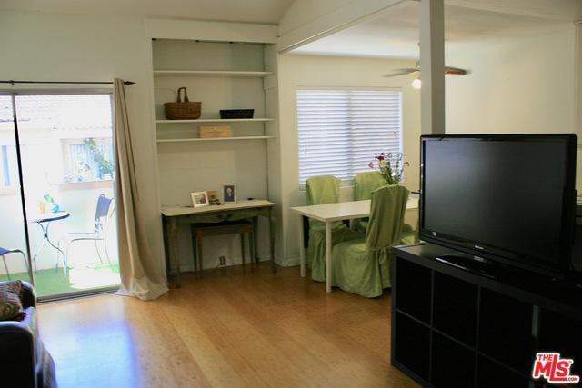 28947 Thousand Oaks Blvd. #222, Agoura Hills, CA 91301 (MLS #18398536) :: The John Jay Group - Bennion Deville Homes