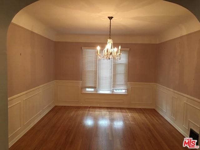 6427 6th Street, Los Angeles (City), CA 90048 (MLS #18399240) :: The John Jay Group - Bennion Deville Homes