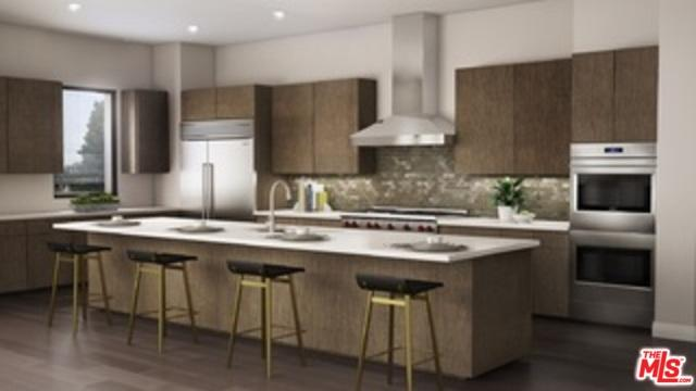 330 W Green Street #306, Pasadena, CA 91105 (MLS #18399266) :: The John Jay Group - Bennion Deville Homes