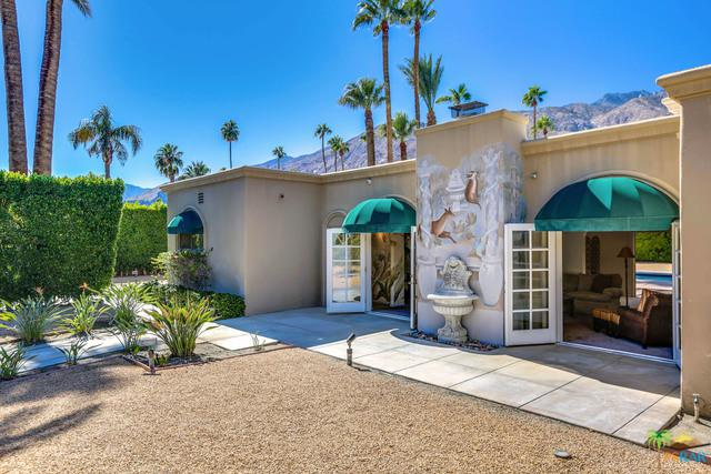 971 N Avenida Olivos, Palm Springs, CA 92262 (MLS #18399286PS) :: The Jelmberg Team
