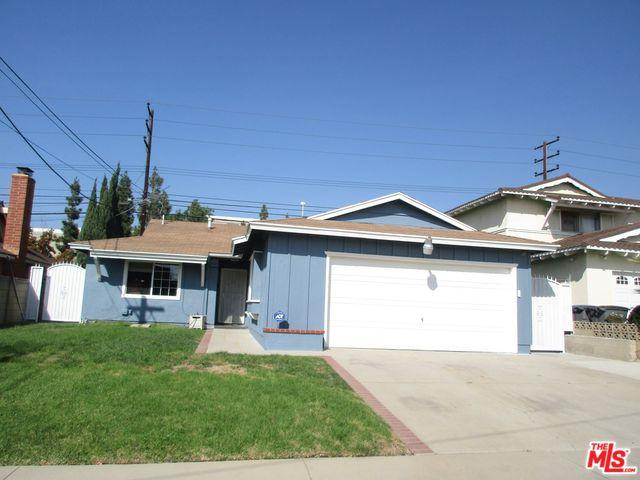 1341 E Bankers Drive, Carson, CA 90746 (MLS #18399472) :: Deirdre Coit and Associates