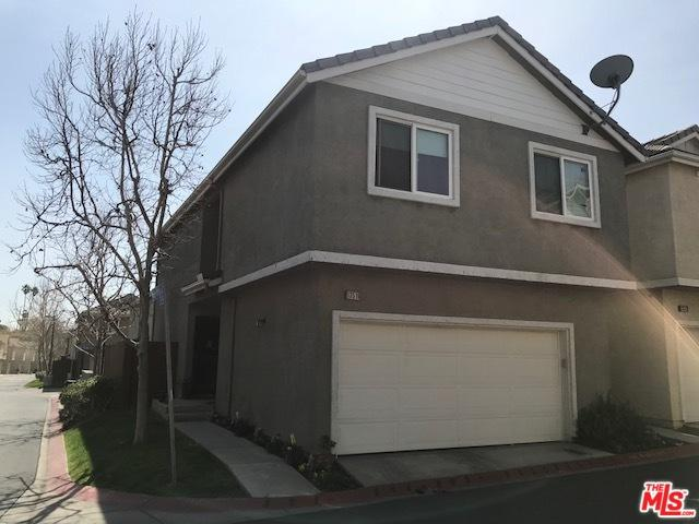 13510 Shady Palms Lane, Sylmar, CA 91342 (MLS #18400270) :: The Sandi Phillips Team
