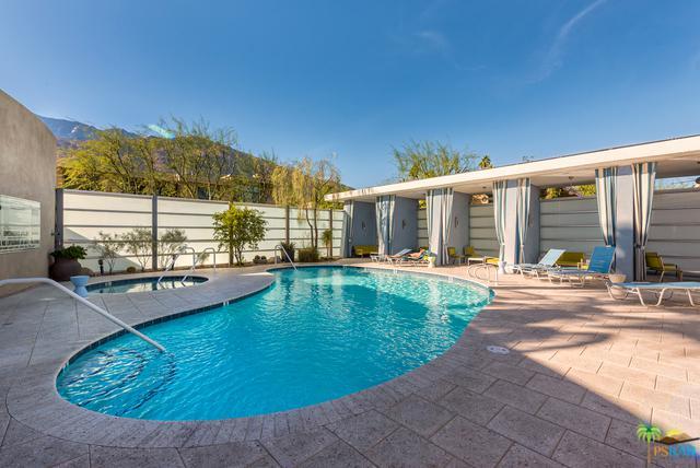 1010 E Palm Canyon Drive #202, Palm Springs, CA 92264 (MLS #18401640PS) :: Team Wasserman