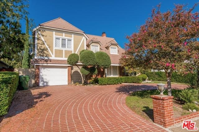4919 Ledge Avenue, Toluca Lake, CA 91601 (MLS #18402550) :: Team Wasserman