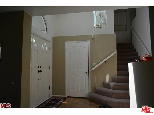 7300 Bonnie Place, Reseda, CA 91335 (MLS #18402936) :: Hacienda Group Inc