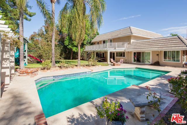 4001 Coldstream Terrace, Tarzana, CA 91356 (MLS #18403118) :: Team Wasserman