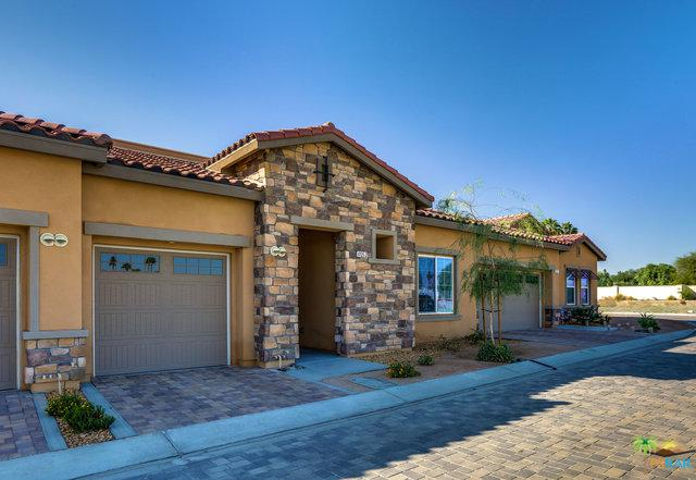 4105 Via Cararra #2, Palm Desert, CA 92260 (MLS #18403146PS) :: The Jelmberg Team