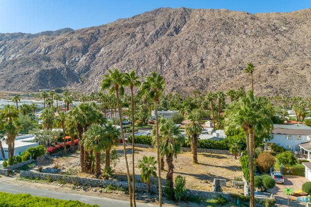 421 S Monte Vista Drive, Palm Springs, CA 92262 (MLS #18403268PS) :: The Sandi Phillips Team
