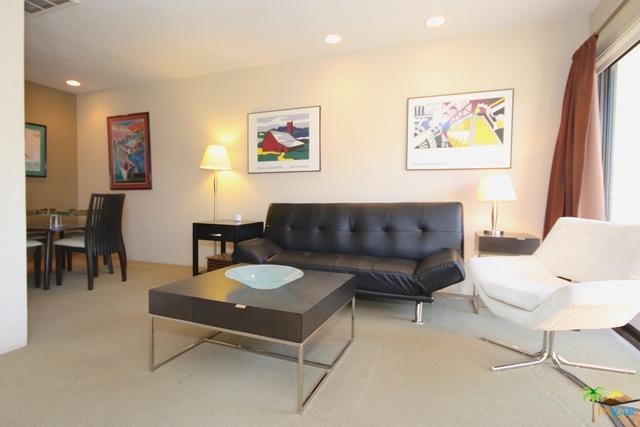 467 S Calle El Segundo D20, Palm Springs, CA 92262 (MLS #18403306PS) :: Brad Schmett Real Estate Group