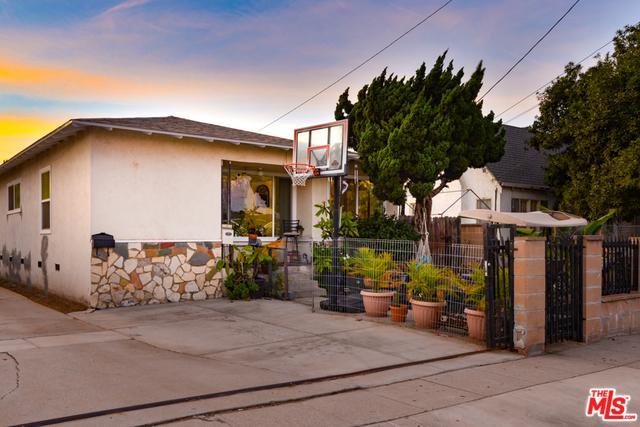 1257 N Neptune Avenue, Wilmington, CA 90744 (MLS #18403452) :: Team Wasserman