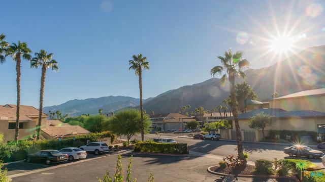 222 N Calle El Segundo #516, Palm Springs, CA 92262 (MLS #18403908PS) :: The John Jay Group - Bennion Deville Homes