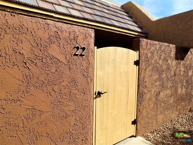 365 N Saturmino Drive #22, Palm Springs, CA 92262 (MLS #18405338PS) :: The Sandi Phillips Team