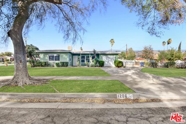 1206 Holly Vista, San Bernardino (City), CA 92404 (MLS #18406064) :: Deirdre Coit and Associates