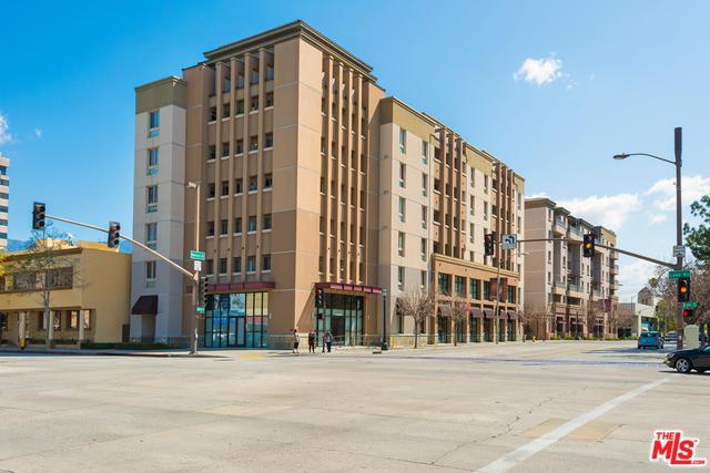 931 E Walnut Street #211, Pasadena, CA 91106 (MLS #18406346) :: The Jelmberg Team