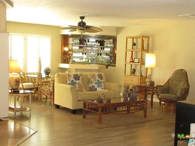 73947 Seven Springs Drive, Palm Desert, CA 92260 (MLS #18406356PS) :: Brad Schmett Real Estate Group