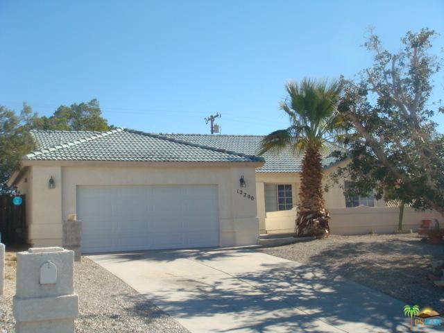 12200 Sumac Drive, Desert Hot Springs, CA 92240 (MLS #18407478PS) :: Hacienda Group Inc