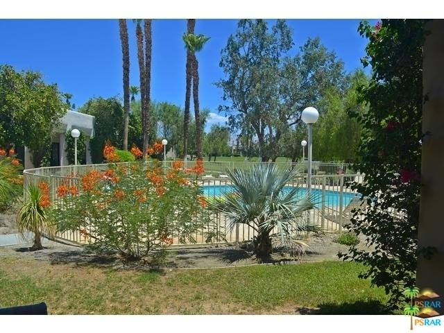 67232 W Chimayo Drive, Cathedral City, CA 92234 (MLS #18408866PS) :: Team Wasserman