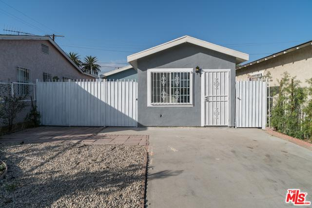 1045 W 65th Place, Los Angeles (City), CA 90044 (MLS #18408876) :: The Jelmberg Team