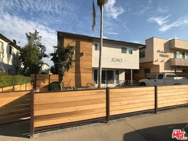 2040 S Sherbourne Drive #4, Los Angeles (City), CA 90034 (MLS #18409106) :: Deirdre Coit and Associates