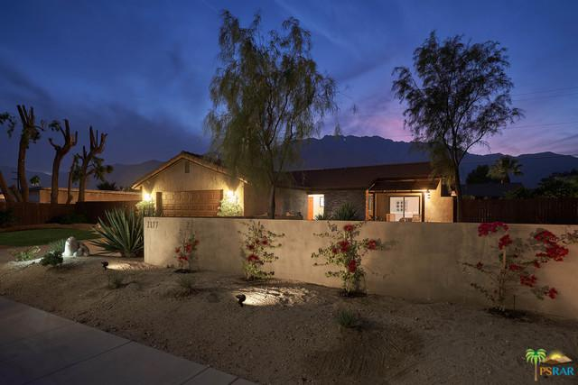2177 N Cerritos Drive, Palm Springs, CA 92262 (MLS #18409250PS) :: Brad Schmett Real Estate Group