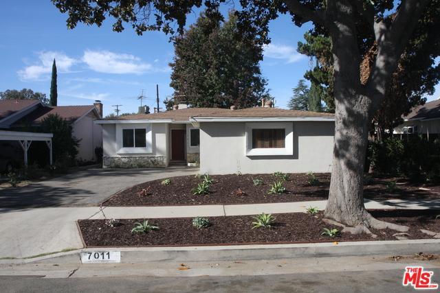 7011 Whitaker Avenue, Lake Balboa, CA 91406 (MLS #18409984) :: Deirdre Coit and Associates