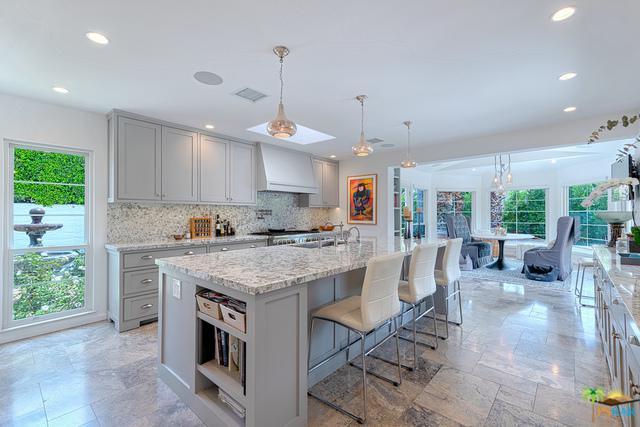 339 Vereda Norte, Palm Springs, CA 92262 (MLS #18410016PS) :: Brad Schmett Real Estate Group