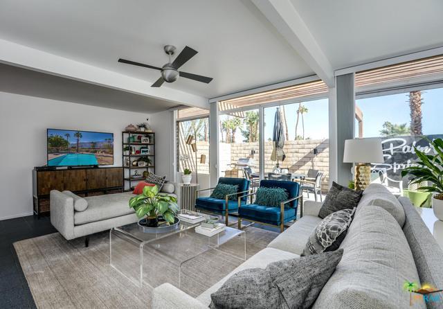 705 E Louise Drive, Palm Springs, CA 92262 (MLS #18410330PS) :: Brad Schmett Real Estate Group