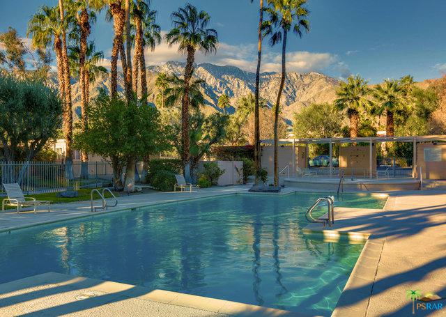 360 Cabrillo Road 227/2, Palm Springs, CA 92262 (MLS #18410516PS) :: The Jelmberg Team