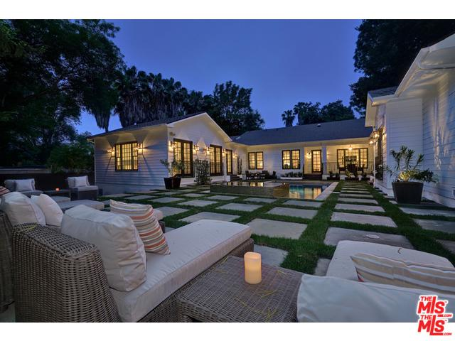 11902 Laurel Hills Road, Studio City, CA 91604 (MLS #18410594) :: The Jelmberg Team