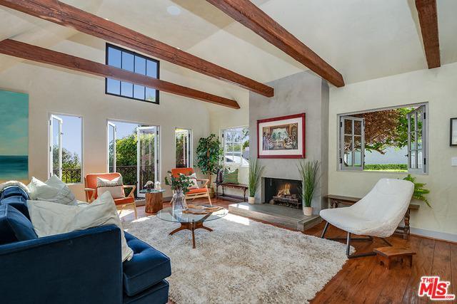 2356 Hollyridge Drive, Los Angeles (City), CA 90068 (MLS #18410688) :: Deirdre Coit and Associates