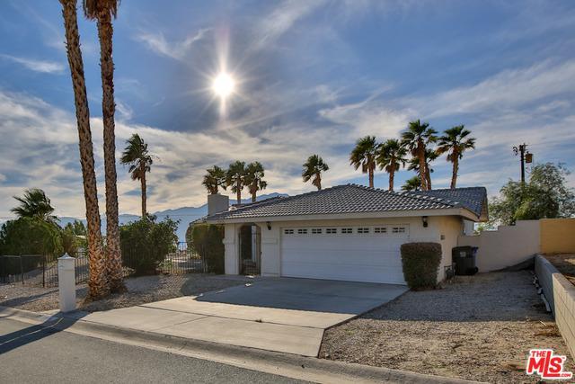 13135 Beech Avenue, Desert Hot Springs, CA 92240 (MLS #18411078) :: Hacienda Group Inc