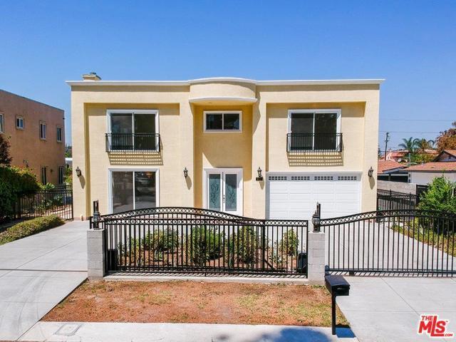 5815 Topeka Drive, Tarzana, CA 91356 (MLS #18411124) :: The John Jay Group - Bennion Deville Homes