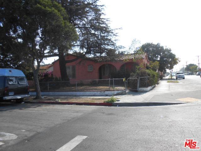 1160 W 102nd Street, Los Angeles (City), CA 90044 (MLS #18411504) :: Deirdre Coit and Associates