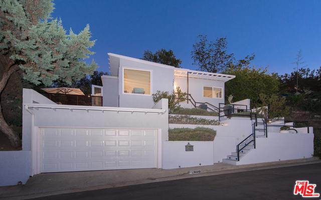 3900 Scandia Way, Los Angeles (City), CA 90065 (MLS #18411654) :: The Jelmberg Team