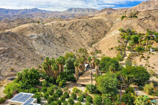47655 Chapel Hill Lane, Palm Desert, CA 92260 (MLS #18411892PS) :: The Sandi Phillips Team
