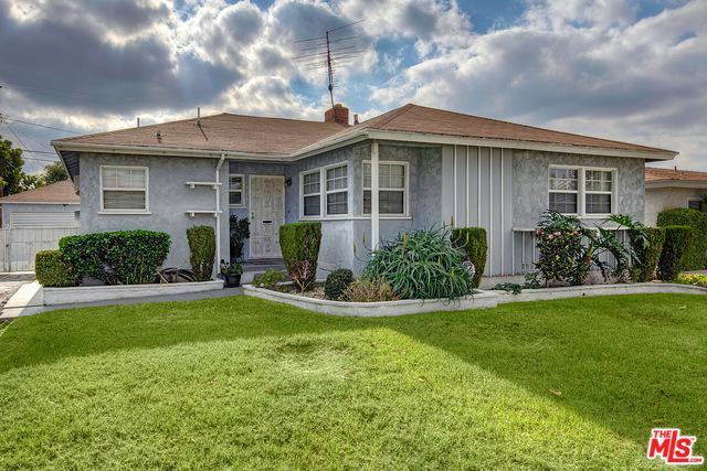 2424 W 109th Street, Inglewood, CA 90303 (MLS #18411920) :: The John Jay Group - Bennion Deville Homes