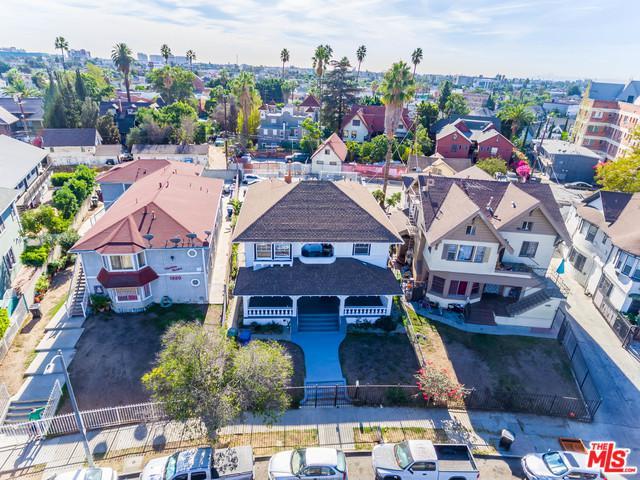 1324 S Westlake Avenue, Los Angeles (City), CA 90006 (MLS #18412262) :: The Jelmberg Team
