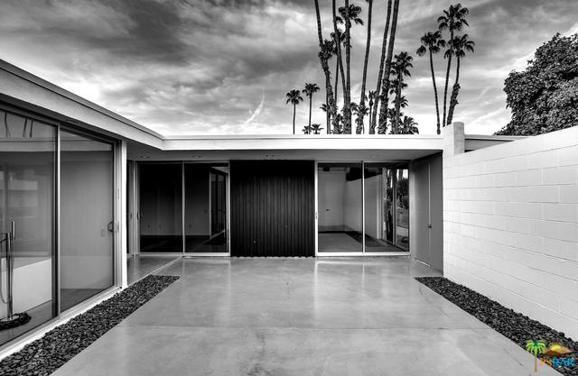 19 Westlake Drive, Palm Springs, CA 92264 (MLS #18412468PS) :: The Jelmberg Team