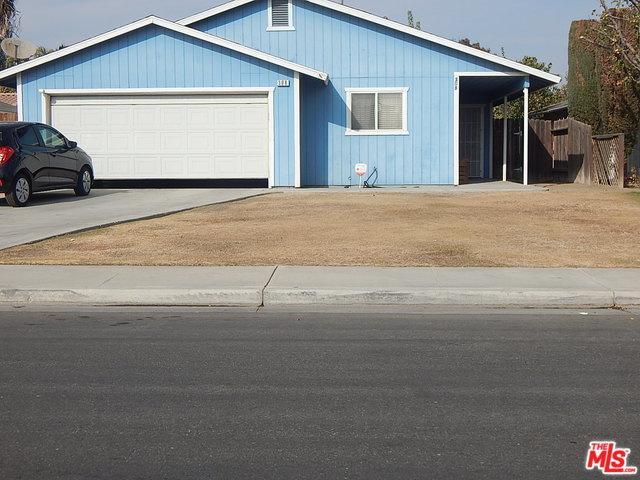 308 Reynosa, Bakersfield, CA 93307 (MLS #18412800) :: The John Jay Group - Bennion Deville Homes