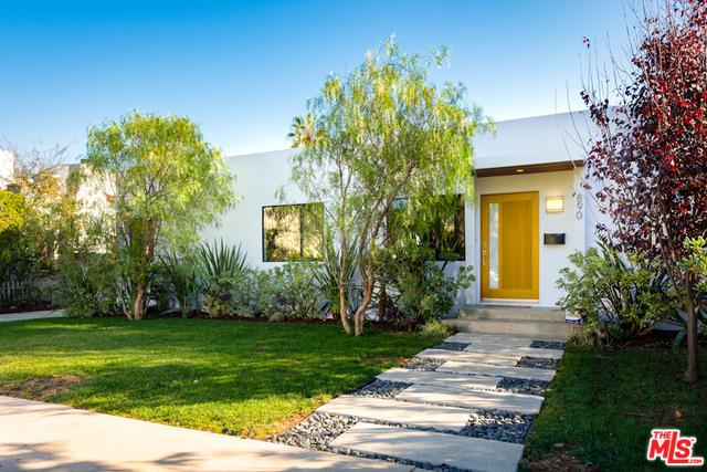 890 Commonwealth Avenue, Venice, CA 90291 (MLS #18413596) :: The Jelmberg Team