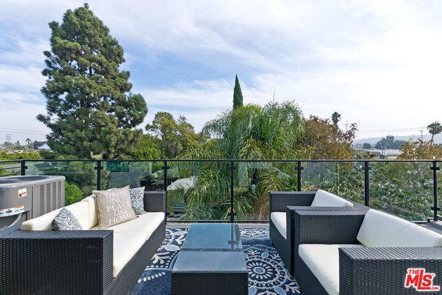 6077 Hargis Street, Los Angeles (City), CA 90034 (MLS #18413790) :: Deirdre Coit and Associates
