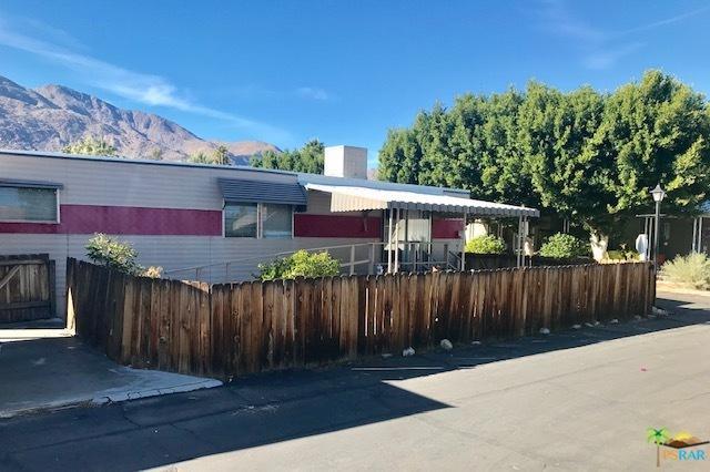 49 Divina, Palm Springs, CA 92264 (MLS #18413838PS) :: Hacienda Group Inc