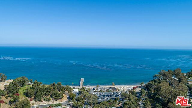 6236 Ramirez Mesa Drive, Malibu, CA 90265 (MLS #18414088) :: The Jelmberg Team