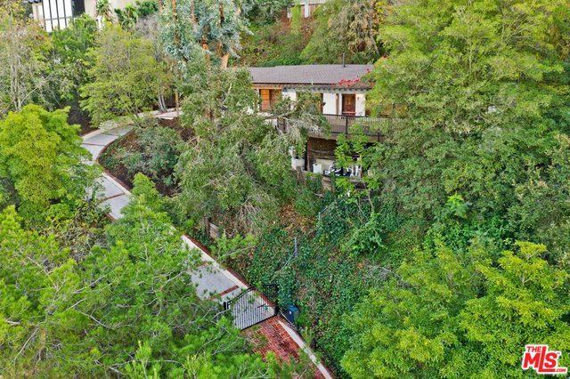 7469 Mulholland Drive, Los Angeles (City), CA 90046 (MLS #18414124) :: Deirdre Coit and Associates