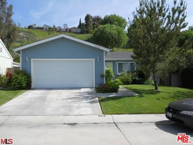 20079 Northcliff Drive, Canyon Country, CA 91351 (MLS #18414320) :: The Jelmberg Team