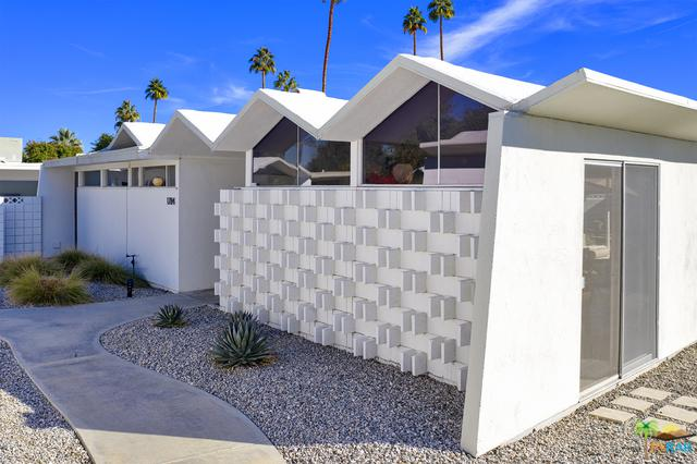 1784 S Araby Drive, Palm Springs, CA 92264 (MLS #18414736PS) :: Brad Schmett Real Estate Group
