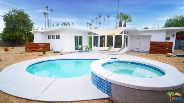 1245 S Sunrise Way, Palm Springs, CA 92264 (MLS #18414804PS) :: Brad Schmett Real Estate Group