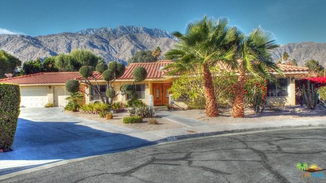 1047 E Diana Circle, Palm Springs, CA 92262 (MLS #18414890PS) :: Brad Schmett Real Estate Group